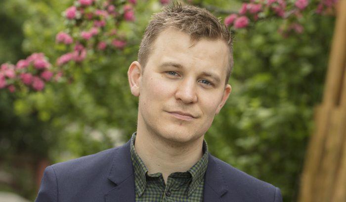 Martin Tillberg har läst Fastighetsmäklare på FEI